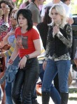 gallery_main-kristen-stewart-dakota-fanning-the-runaways-07012009-12