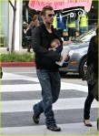 cam-gigandet-carries-daughter-everleigh-05