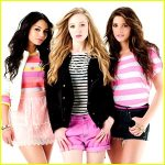 vanessa-hudgens-ashley-greene-nylon-pink